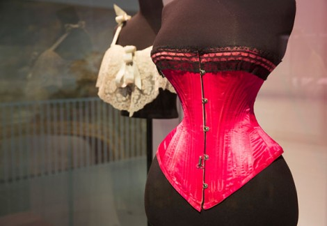 1-_installation_view_of_undressed_a_brief_history_of_underwear