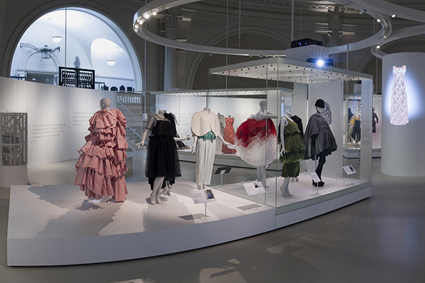 Balenciaga Shaping Fashion Exhibition View © Victoria and Albert Museum, London